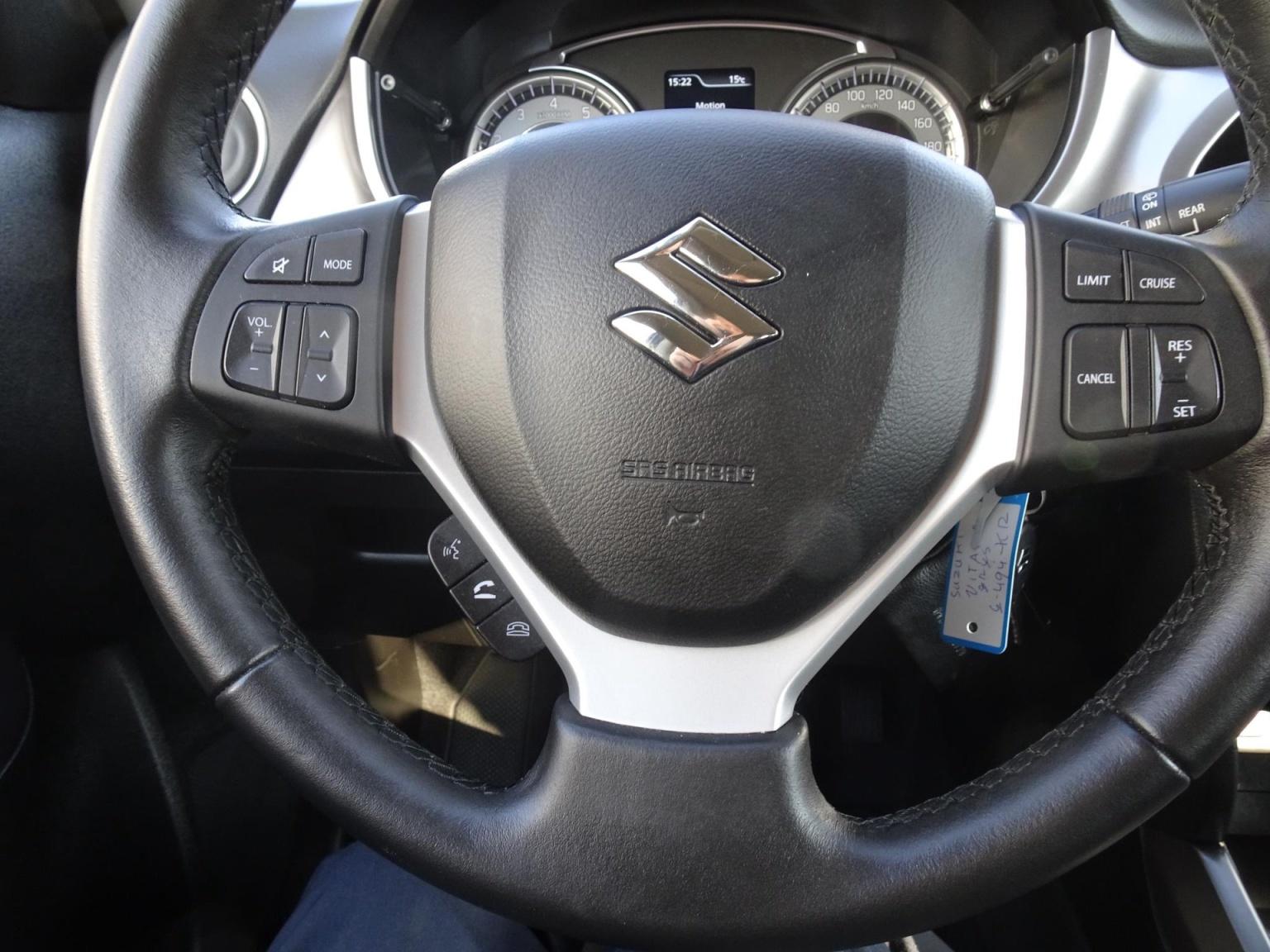Suzuki-Vitara-16